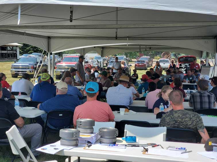 WWCC field day attendees